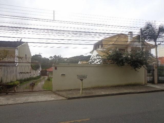 Terreno à Venda - Curitiba