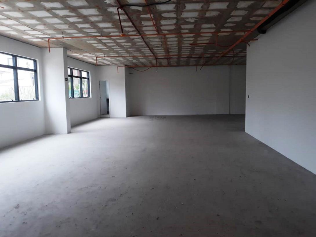Foto 2 - COMPLEXO COMERCIAL em CURITIBA - PR, no bairro Alto da Glória - Referência LE00853
