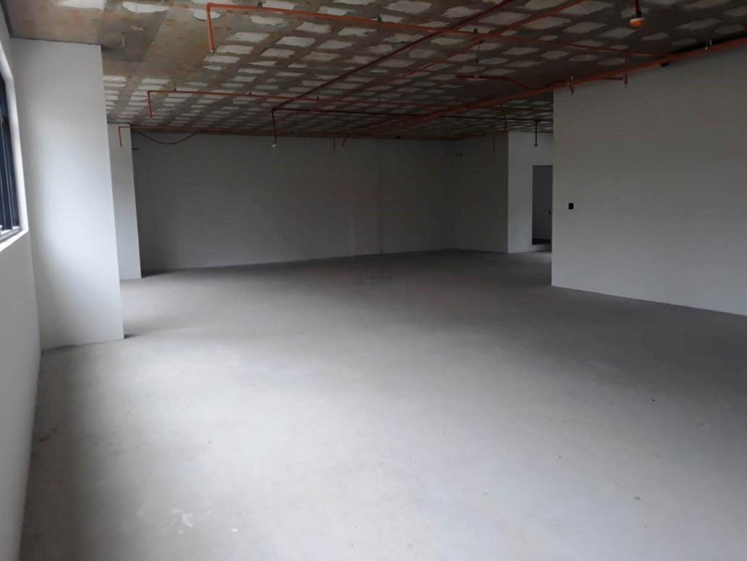 Foto 3 - COMPLEXO COMERCIAL em CURITIBA - PR, no bairro Alto da Glória - Referência LE00853