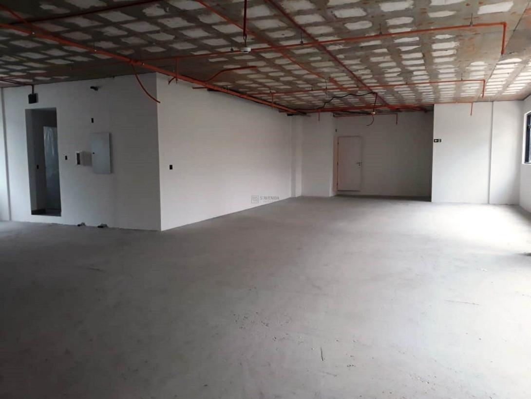 Foto 1 - COMPLEXO COMERCIAL em CURITIBA - PR, no bairro Alto da Glória - Referência LE00853