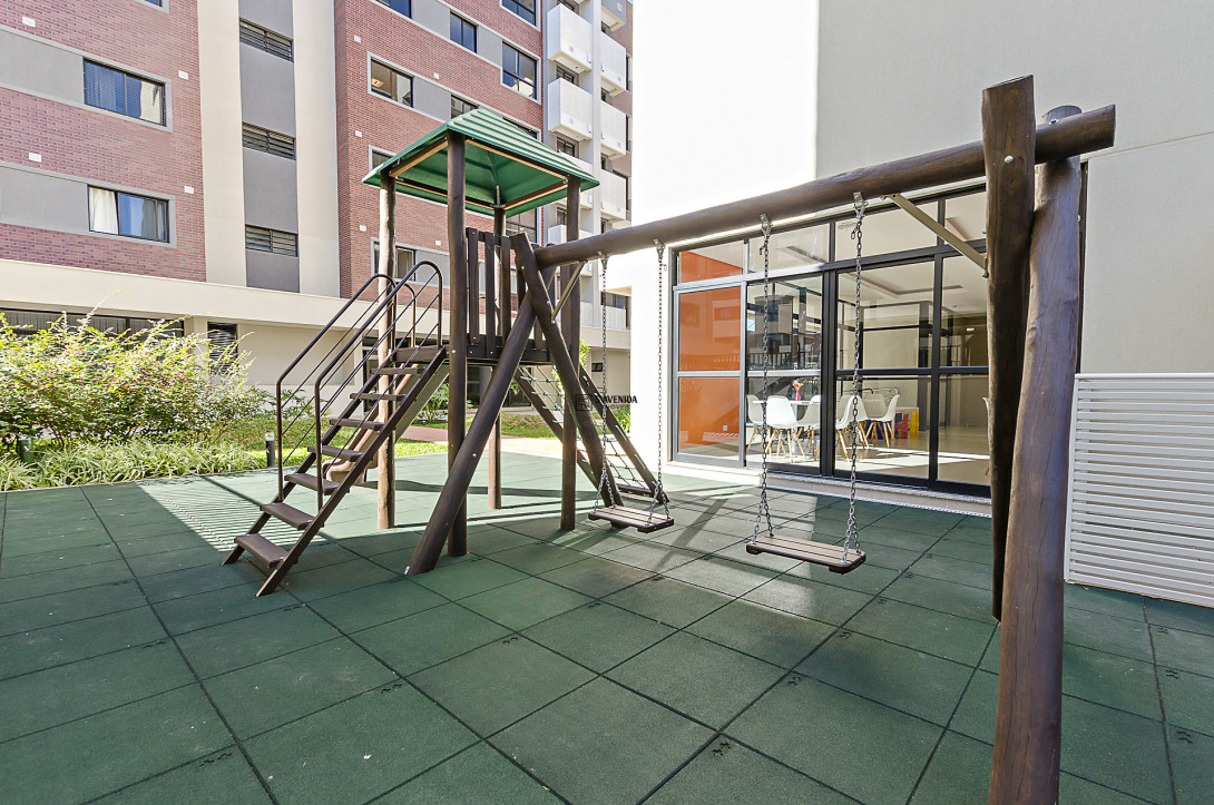 Foto 4 - APARTAMENTO em CURITIBA - PR, no bairro Santo Inácio - Referência LE00210