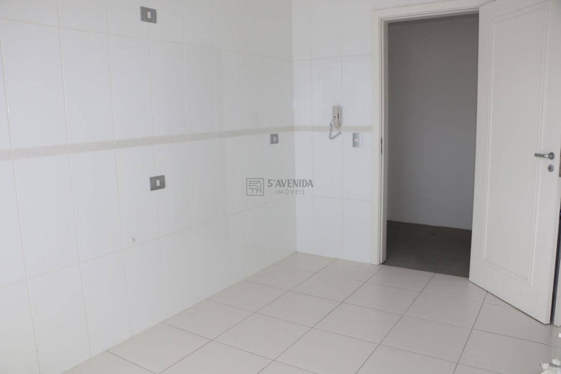 Foto 8 - APARTAMENTO em CURITIBA - PR, no bairro Alto da Glória - Referência LE00459