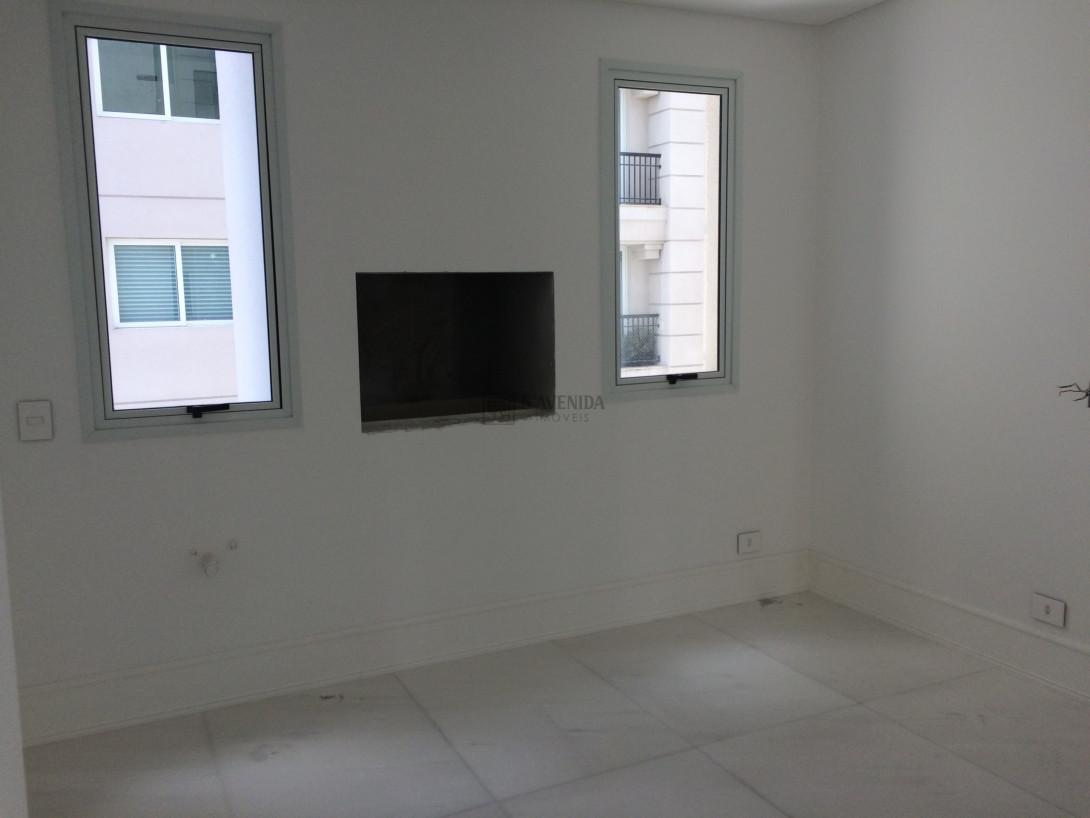 Foto 7 - APARTAMENTO em CURITIBA - PR, no bairro Rebouças - Referência LE00490