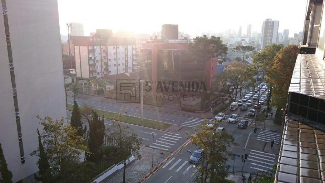 Foto 8 - APARTAMENTO em CURITIBA - PR, no bairro Batel - Referência PR00030