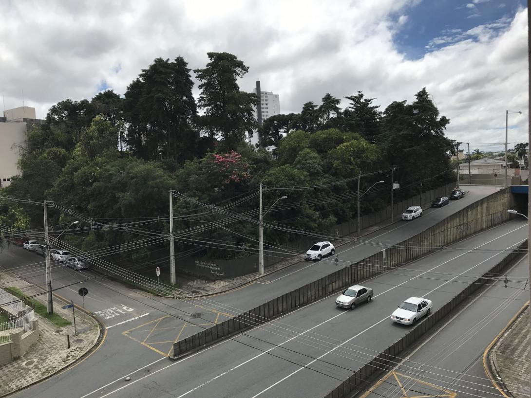 Foto 12 - APARTAMENTO em CURITIBA - PR, no bairro Centro - Referência PR00037