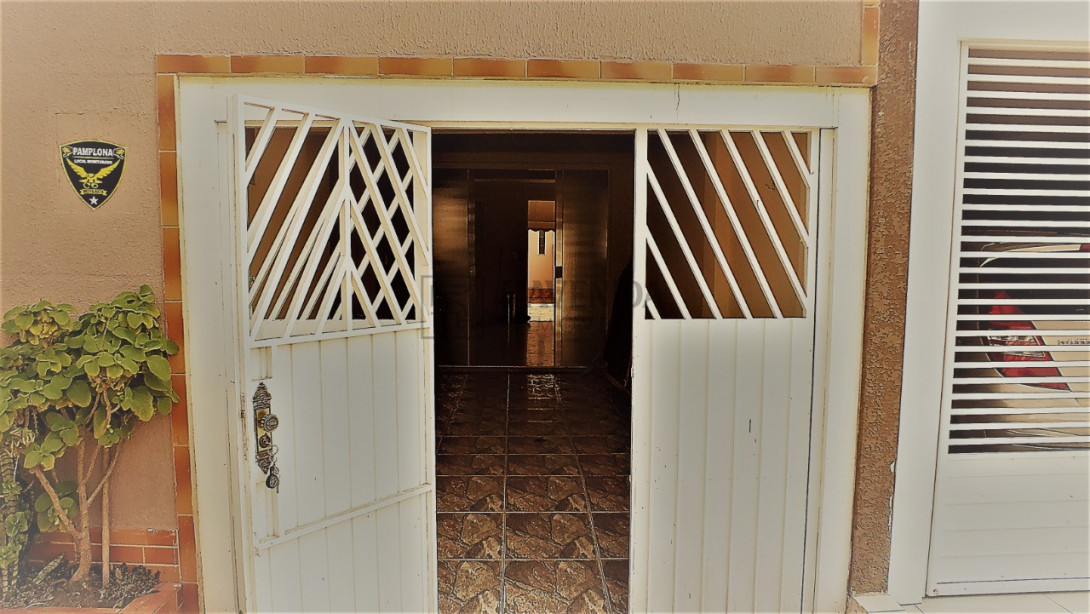 Foto 6 - SOBRADO em CURITIBA - PR, no bairro Fazendinha - Referência ARSB00001