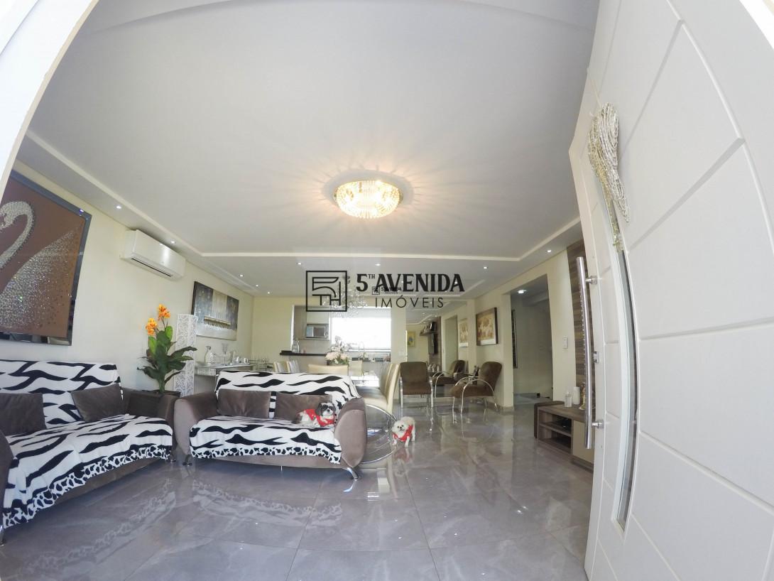 Foto 7 - CASA em CURITIBA - PR, no bairro Santa Felicidade - Referência AN00013C