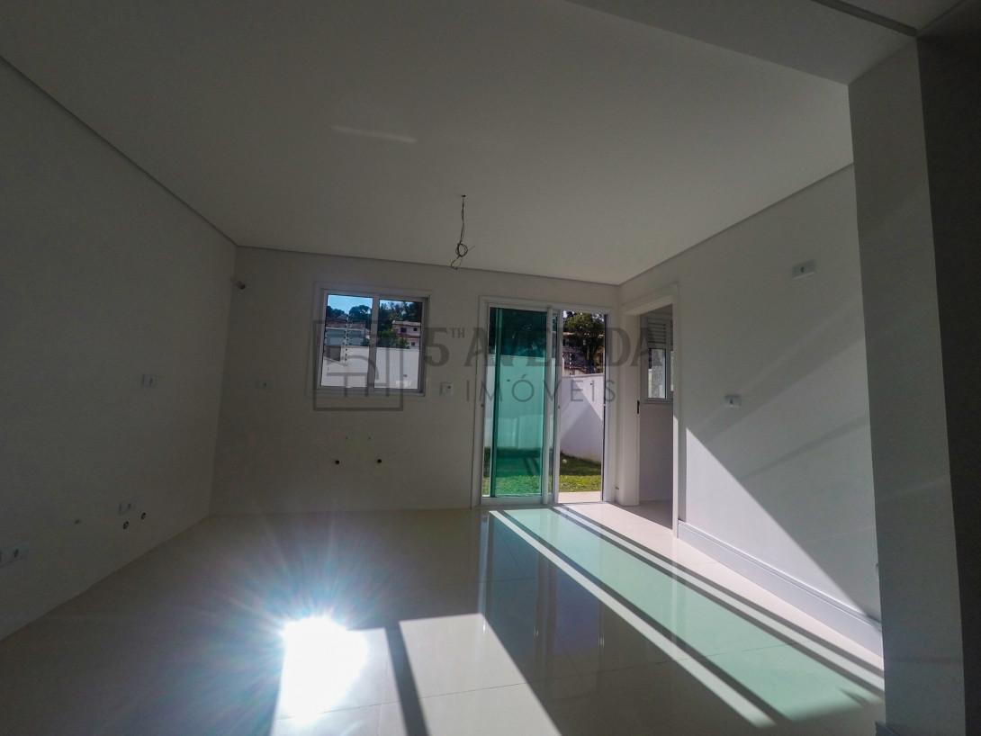 Foto 14 - CASA em CURITIBA - PR, no bairro Mercês - Referência AN00016C