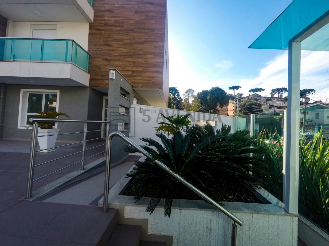 Foto 3 - CASA em CURITIBA - PR, no bairro Mercês - Referência AN00016C