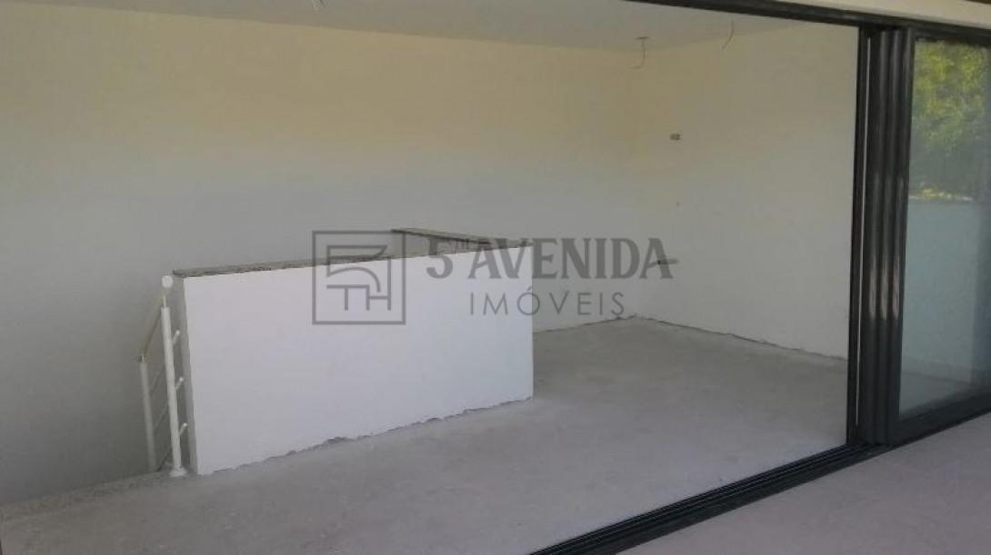 Foto 18 - SOBRADO em CURITIBA - PR, no bairro Bom Retiro - Referência LE00530