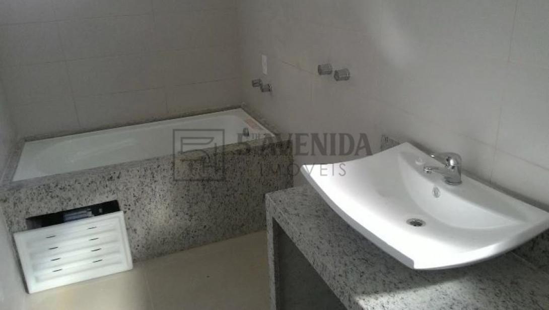 Foto 15 - SOBRADO em CURITIBA - PR, no bairro Bom Retiro - Referência LE00530