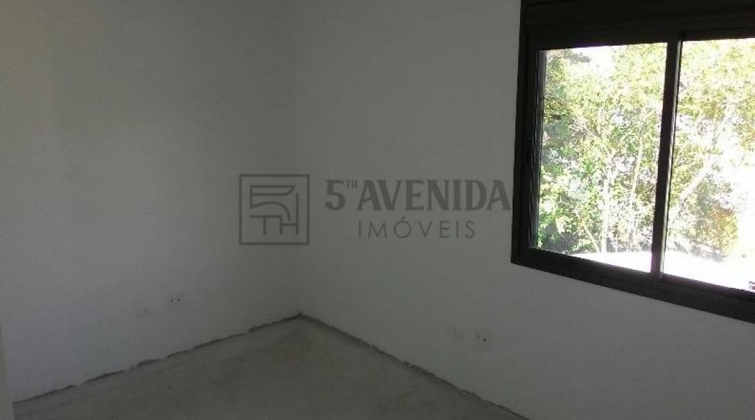 Foto 16 - SOBRADO em CURITIBA - PR, no bairro Bom Retiro - Referência LE00530