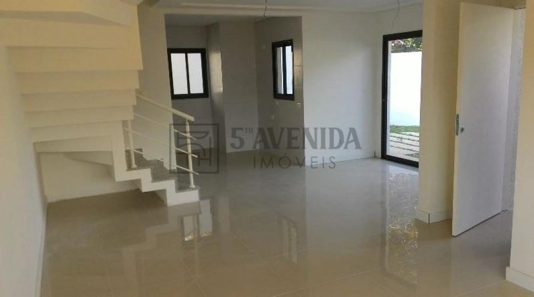 Foto 9 - SOBRADO em CURITIBA - PR, no bairro Bom Retiro - Referência LE00530