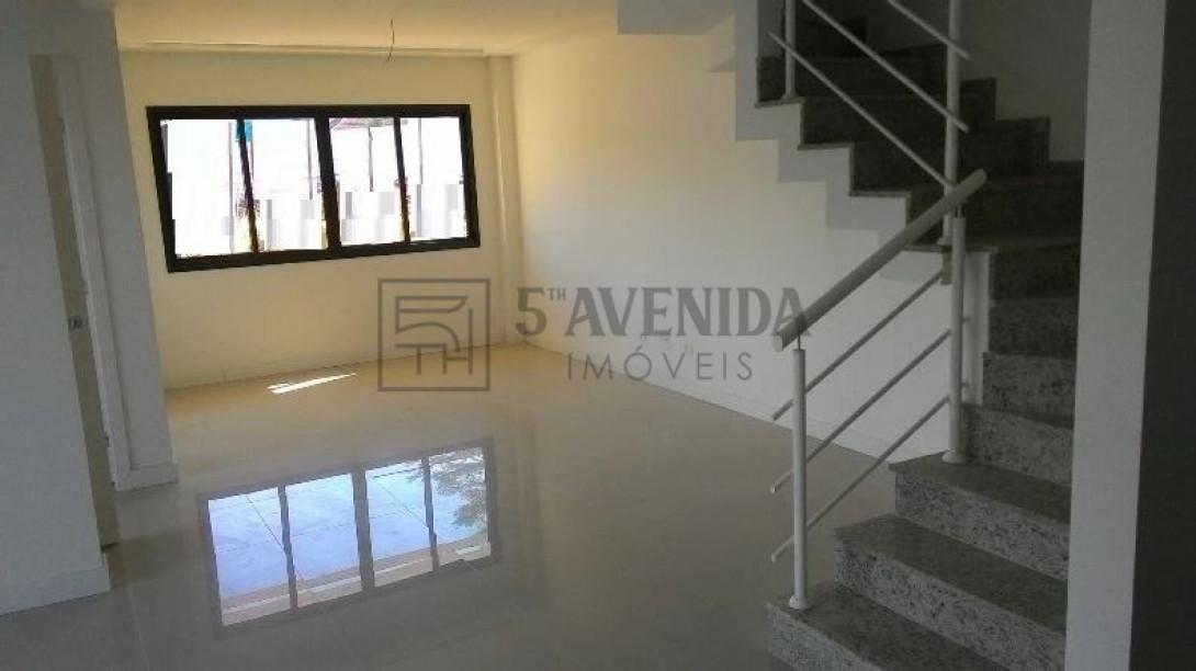 Foto 11 - SOBRADO em CURITIBA - PR, no bairro Bom Retiro - Referência LE00530