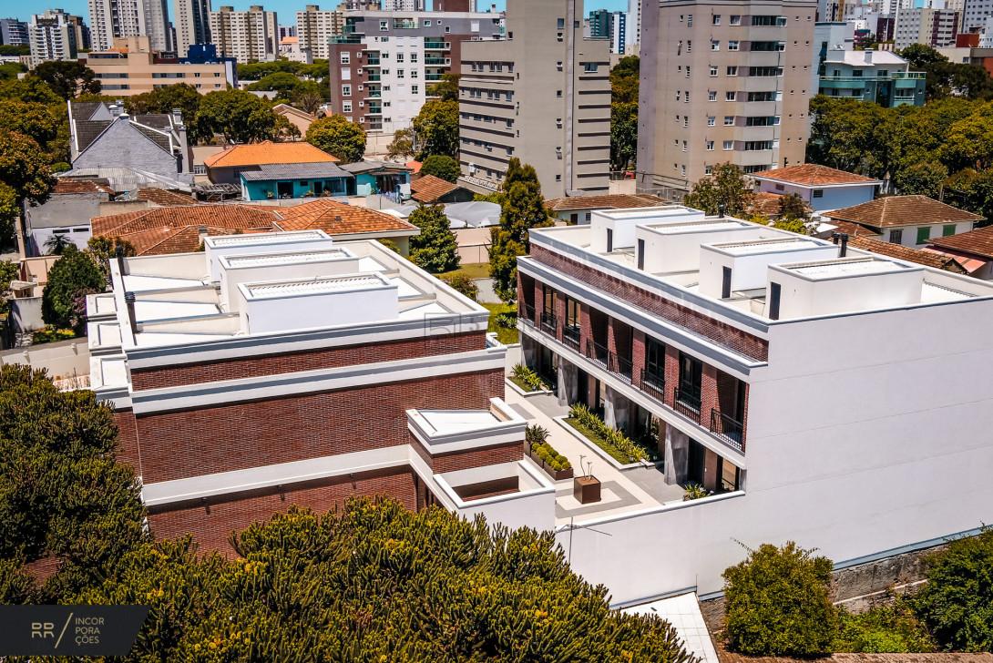 Foto 39 - SOBRADO EM CONDOMÍNIO em CURITIBA - PR, no bairro Água Verde - Referência LE00534n
