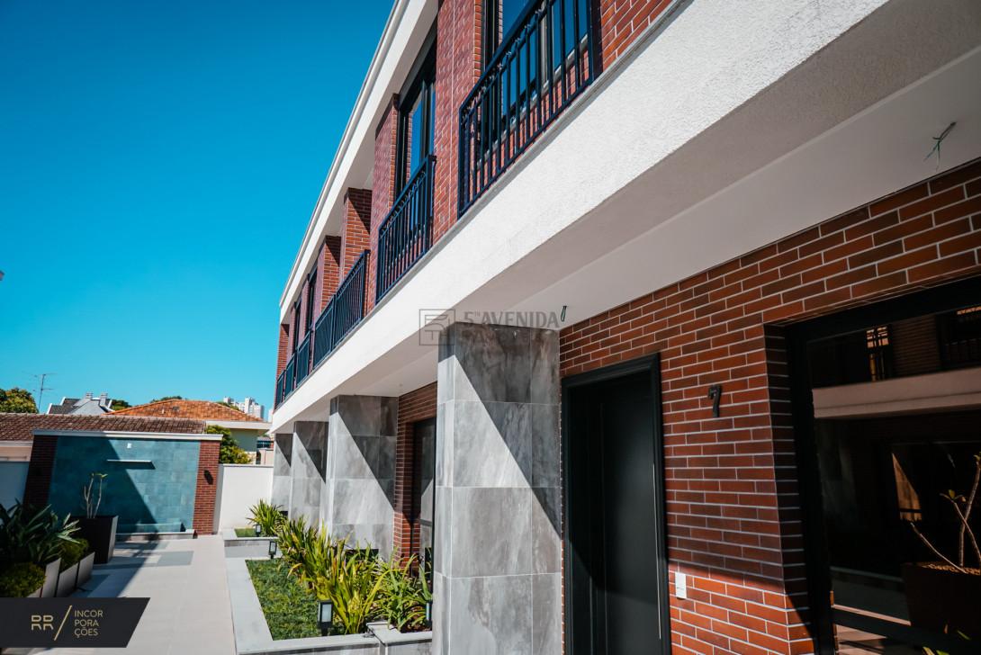 Foto 42 - SOBRADO EM CONDOMÍNIO em CURITIBA - PR, no bairro Água Verde - Referência LE00534n