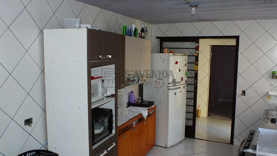 Foto 6 - CASA em CURITIBA - PR, no bairro Santa Cândida - Referência AN00070
