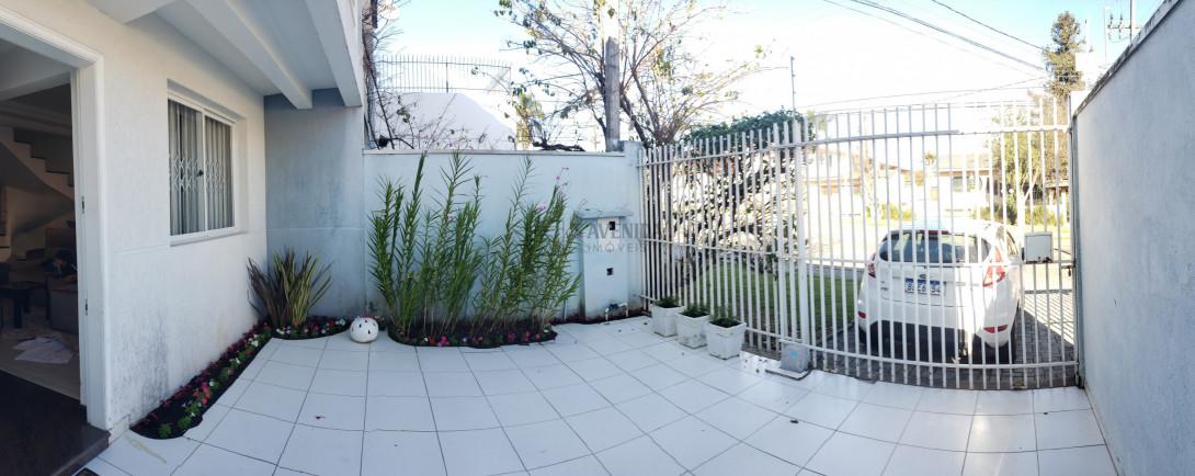 Foto 2 - SOBRADO em CURITIBA - PR, no bairro Parolin - Referência AN00085