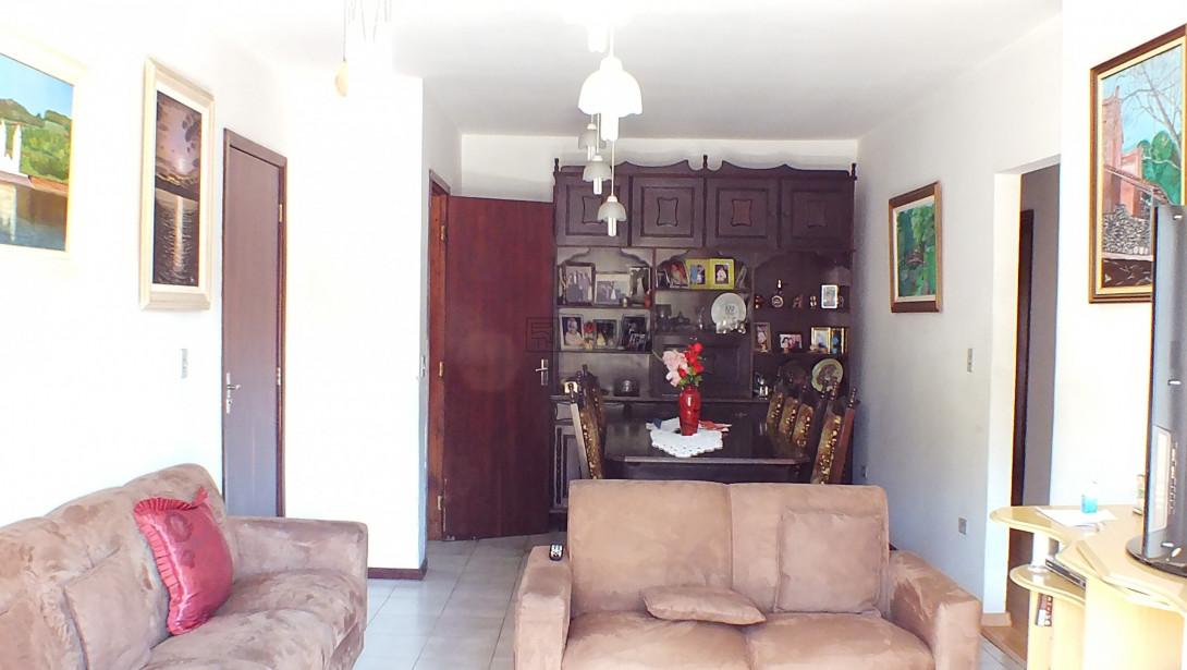 Foto 2 - SOBRADO em CURITIBA - PR, no bairro Água Verde - Referência AN00091