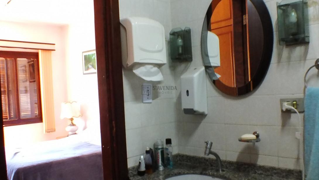 Foto 24 - SOBRADO em CURITIBA - PR, no bairro Água Verde - Referência AN00091
