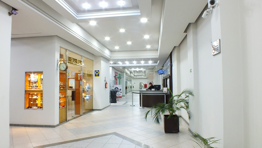 Foto 3 - SALA COMERCIAL em CURITIBA - PR, no bairro Centro - Referência AN00096