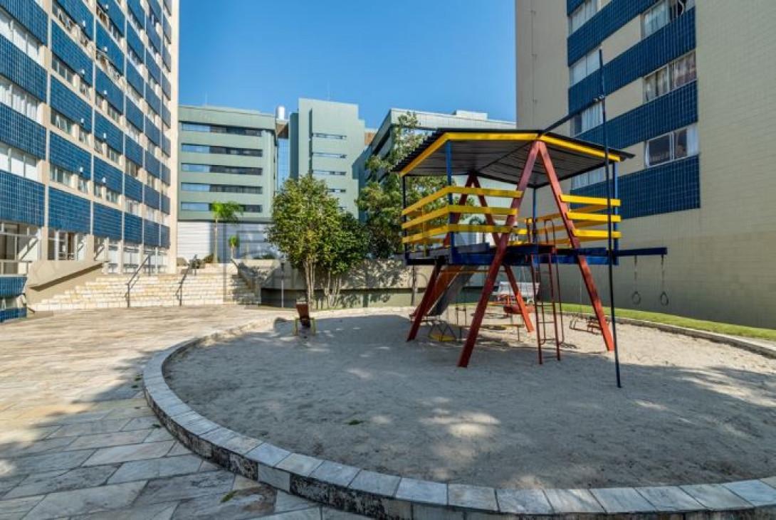 Foto 3 - APARTAMENTO em CURITIBA - PR, no bairro Cabral - Referência PR00046