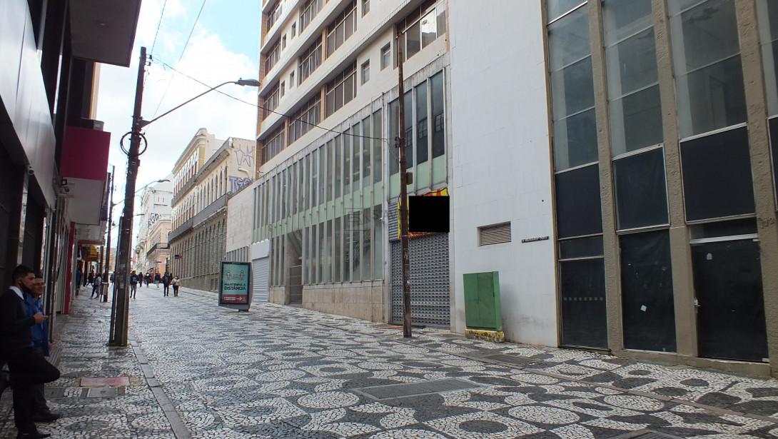 Foto 1 - PRÉDIO comercial para locação no Centro  -  Próximo a Rua XV de Novembro