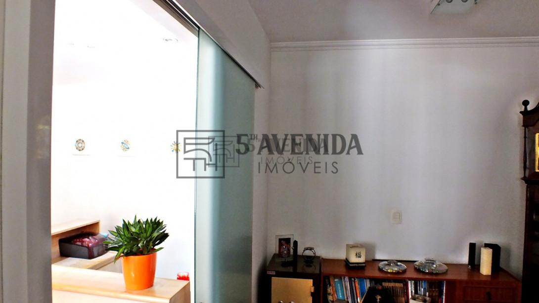 Foto 11 - CASA COMERCIAL em CURITIBA - PR, no bairro Água Verde - Referência AN00104