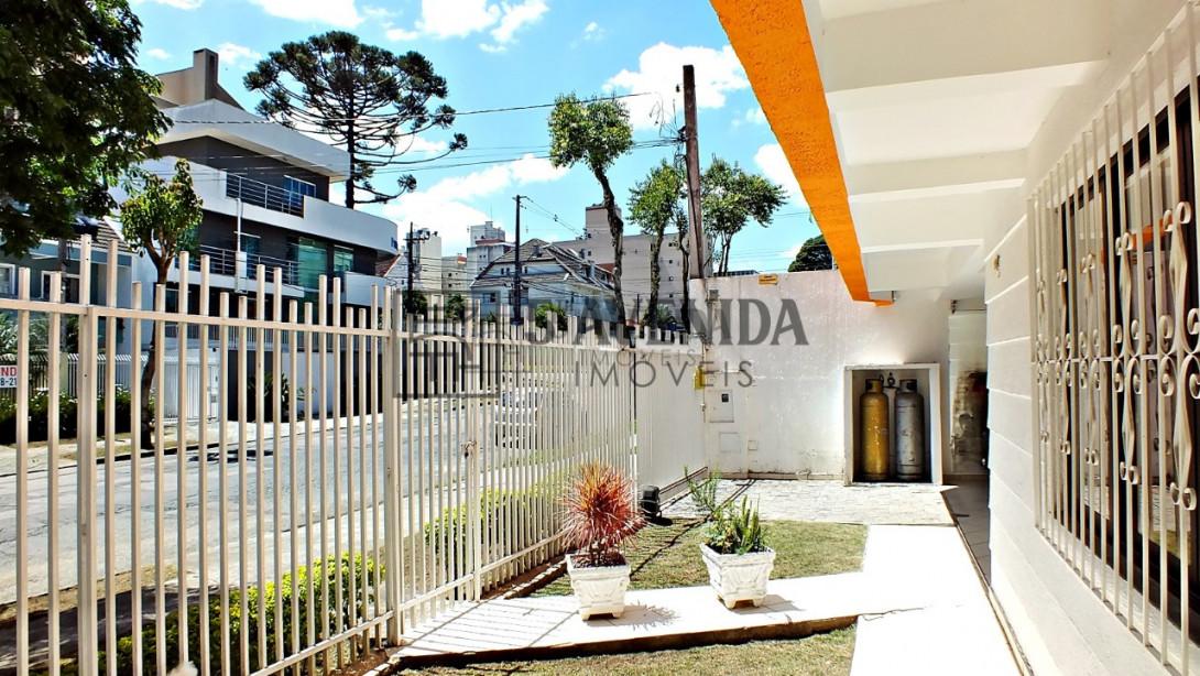 Foto 31 - CASA COMERCIAL em CURITIBA - PR, no bairro Água Verde - Referência AN00104