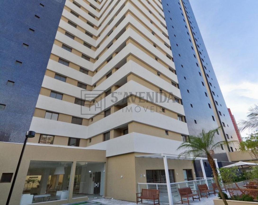 Foto 1 - STUDIO em CURITIBA - PR, no bairro Centro - Referência LE00624