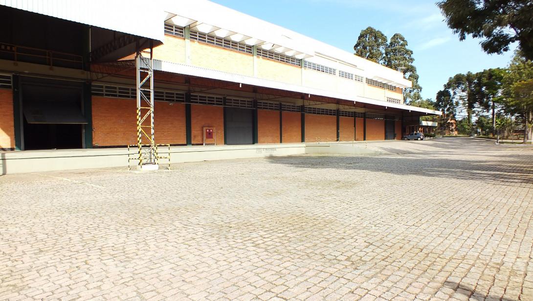 Foto 10 - COMPLEXO COMERCIAL em CURITIBA - PR, no bairro Novo Mundo - Referência ACCC00001