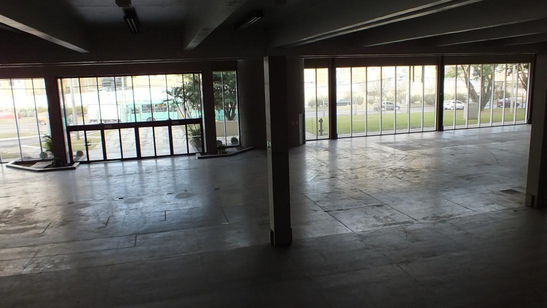 Foto 26 - COMPLEXO COMERCIAL em CURITIBA - PR, no bairro Novo Mundo - Referência ACCC00001