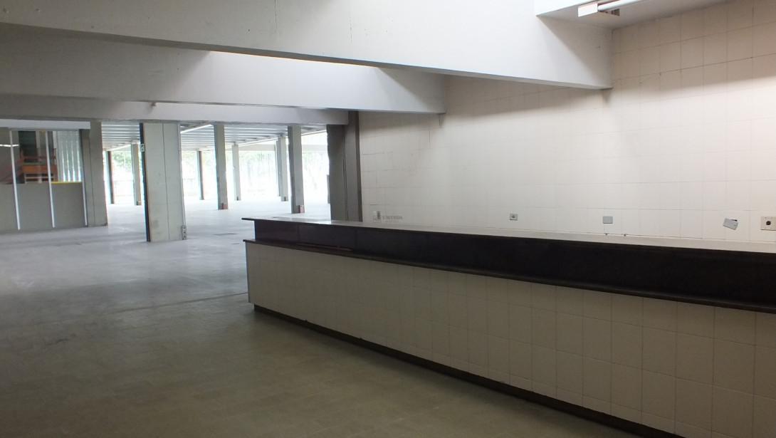 Foto 33 - COMPLEXO COMERCIAL em CURITIBA - PR, no bairro Novo Mundo - Referência ACCC00001