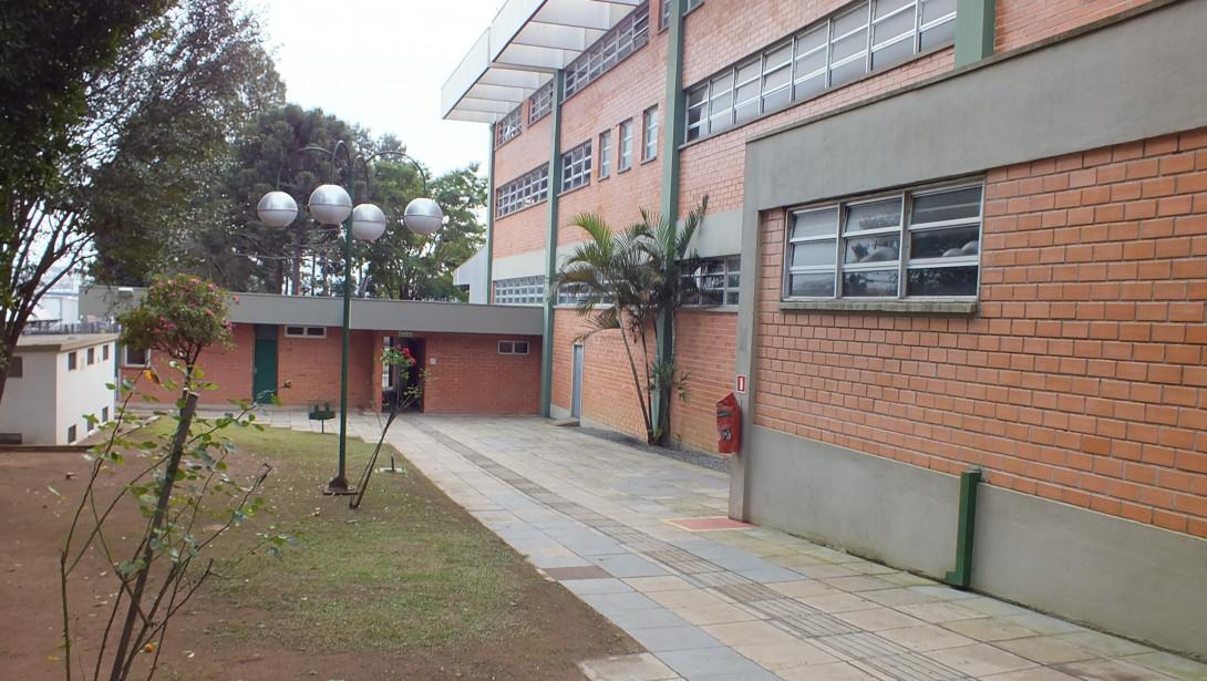 Foto 38 - COMPLEXO COMERCIAL em CURITIBA - PR, no bairro Novo Mundo - Referência ACCC00001
