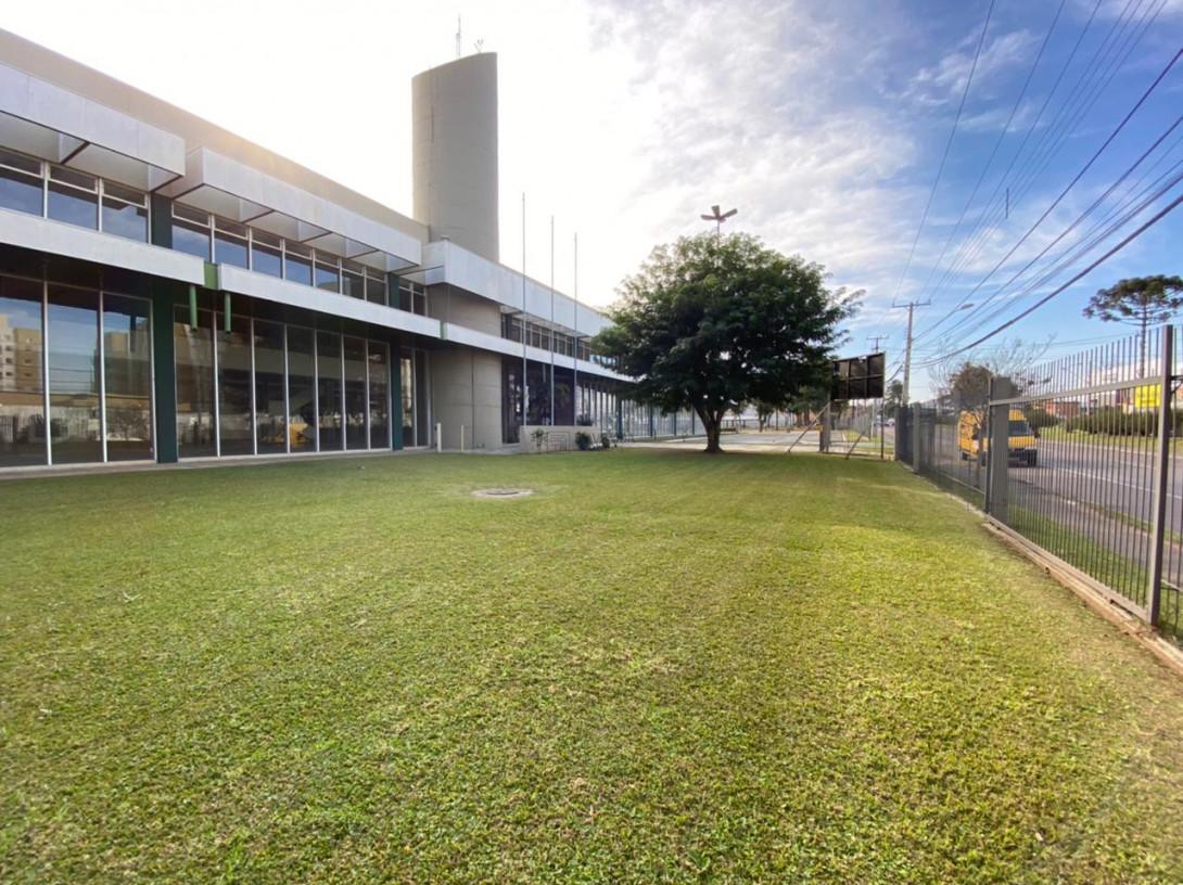 Foto 44 - COMPLEXO COMERCIAL em CURITIBA - PR, no bairro Novo Mundo - Referência ACCC00001