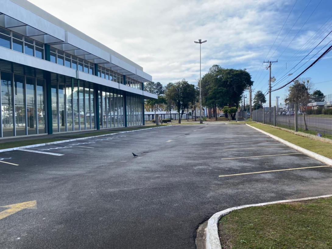 Foto 47 - COMPLEXO COMERCIAL em CURITIBA - PR, no bairro Novo Mundo - Referência ACCC00001