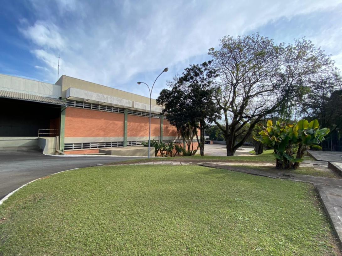Foto 53 - COMPLEXO COMERCIAL em CURITIBA - PR, no bairro Novo Mundo - Referência ACCC00001