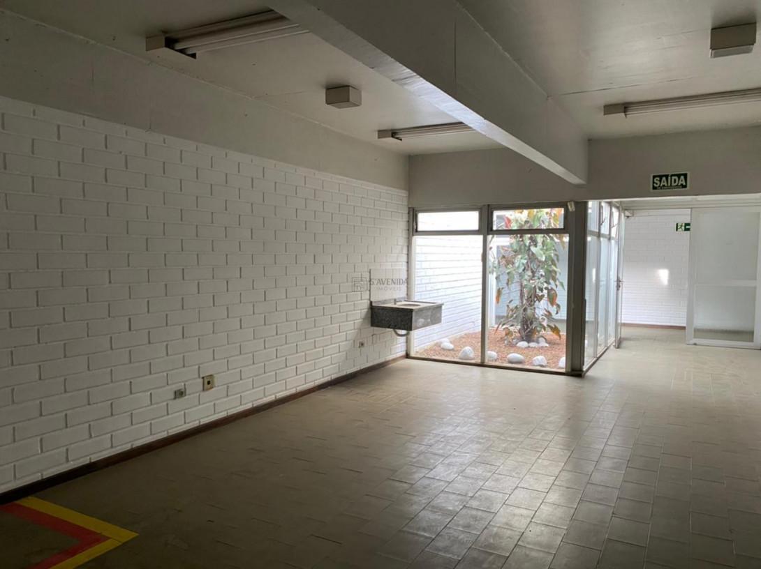 Foto 74 - COMPLEXO COMERCIAL em CURITIBA - PR, no bairro Novo Mundo - Referência ACCC00001