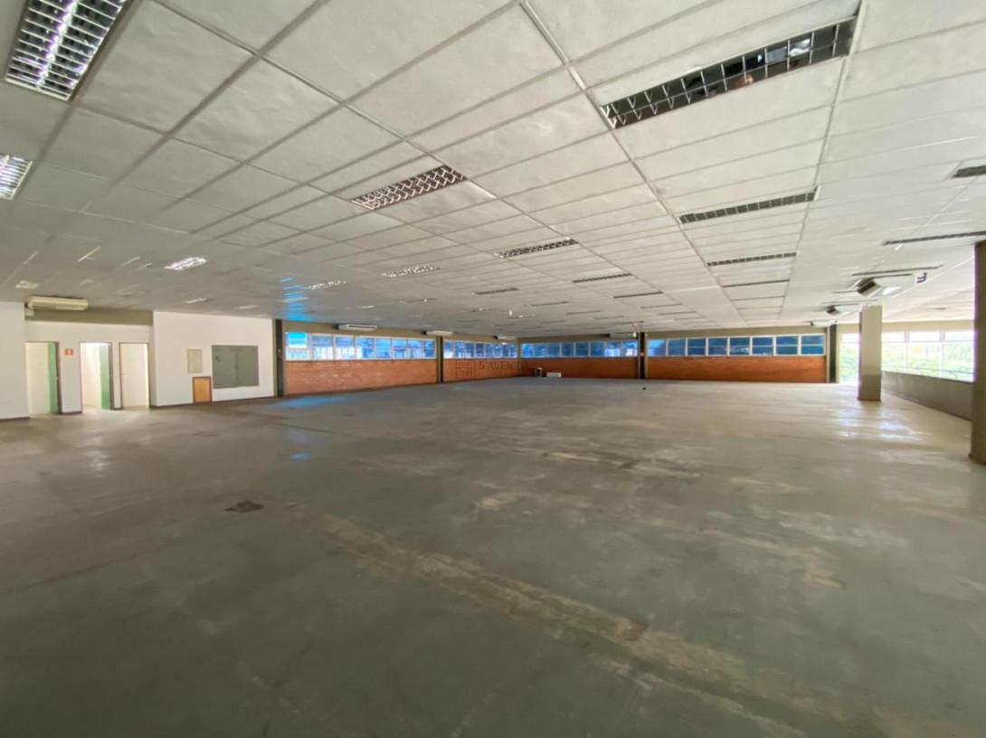 Foto 81 - COMPLEXO COMERCIAL em CURITIBA - PR, no bairro Novo Mundo - Referência ACCC00001