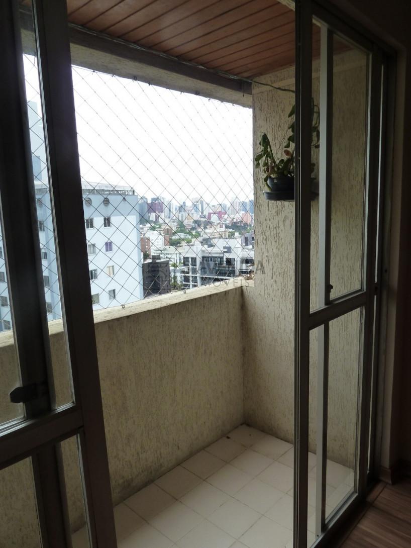 Foto 3 - APARTAMENTO em CURITIBA - PR, no bairro Água Verde - Referência ARAP00012