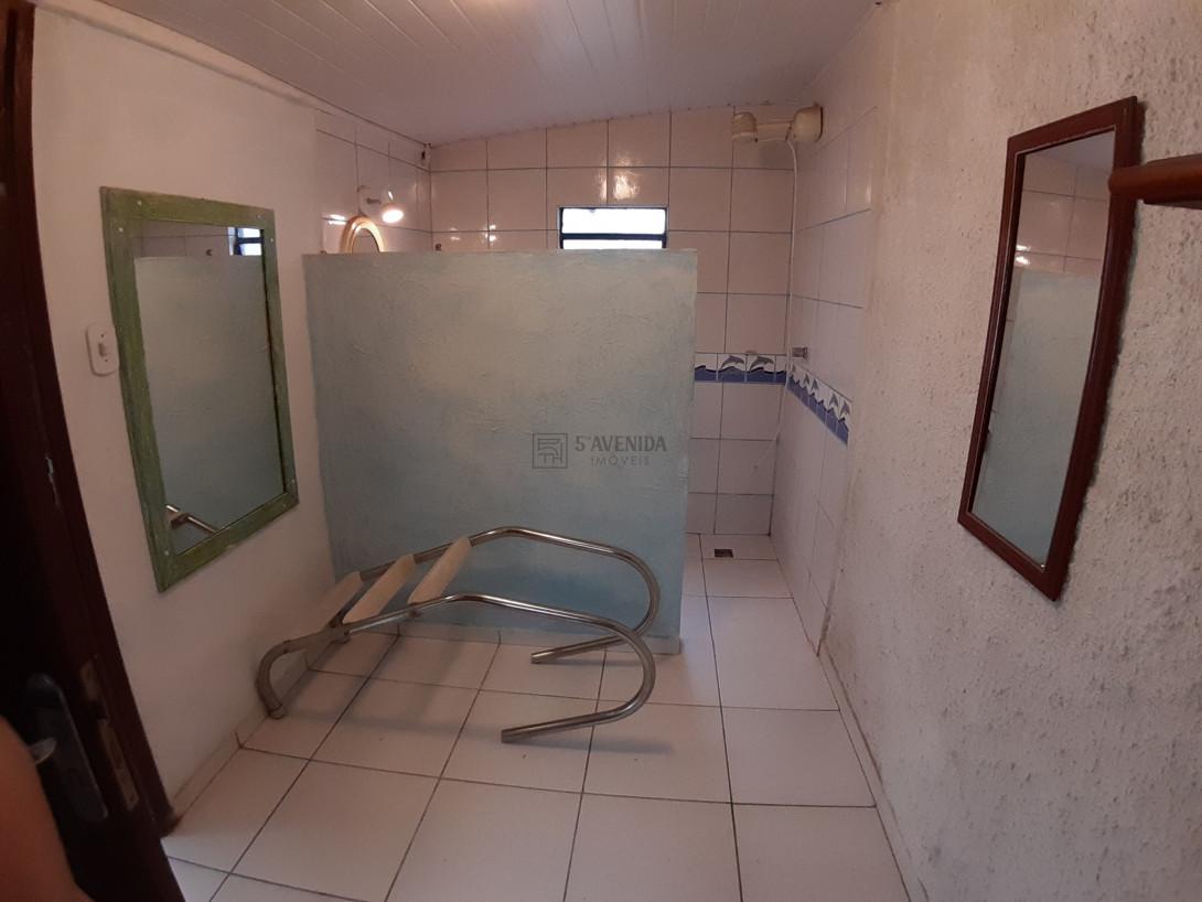Foto 36 - CASA em CURITIBA - PR, no bairro Água Verde - Referência AN00130