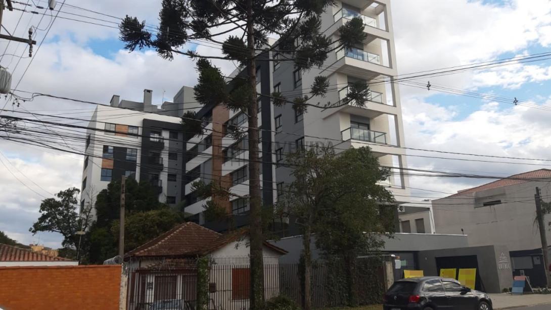 Foto 2 - APARTAMENTO em CURITIBA - PR, no bairro Portão - Referência LE00687