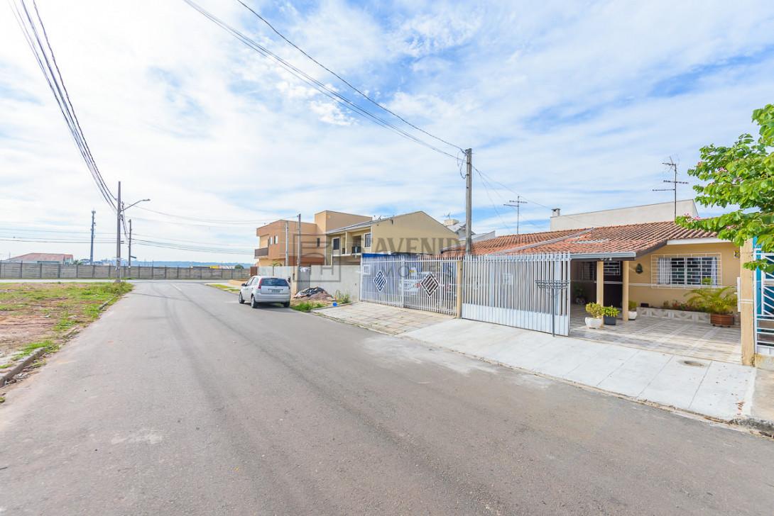 Foto 31 - CASA em CURITIBA - PR, no bairro Ganchinho - Referência AN00138