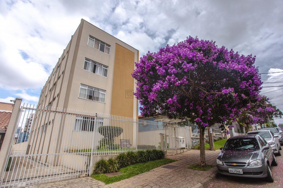 Foto 2 - APARTAMENTO em CURITIBA - PR, no bairro Água Verde - Referência PR00048