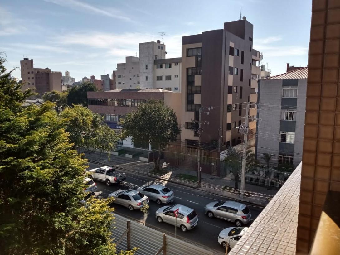 Foto 5 - FLAT em CURITIBA - PR, no bairro Alto da Rua XV - Referência AN00181
