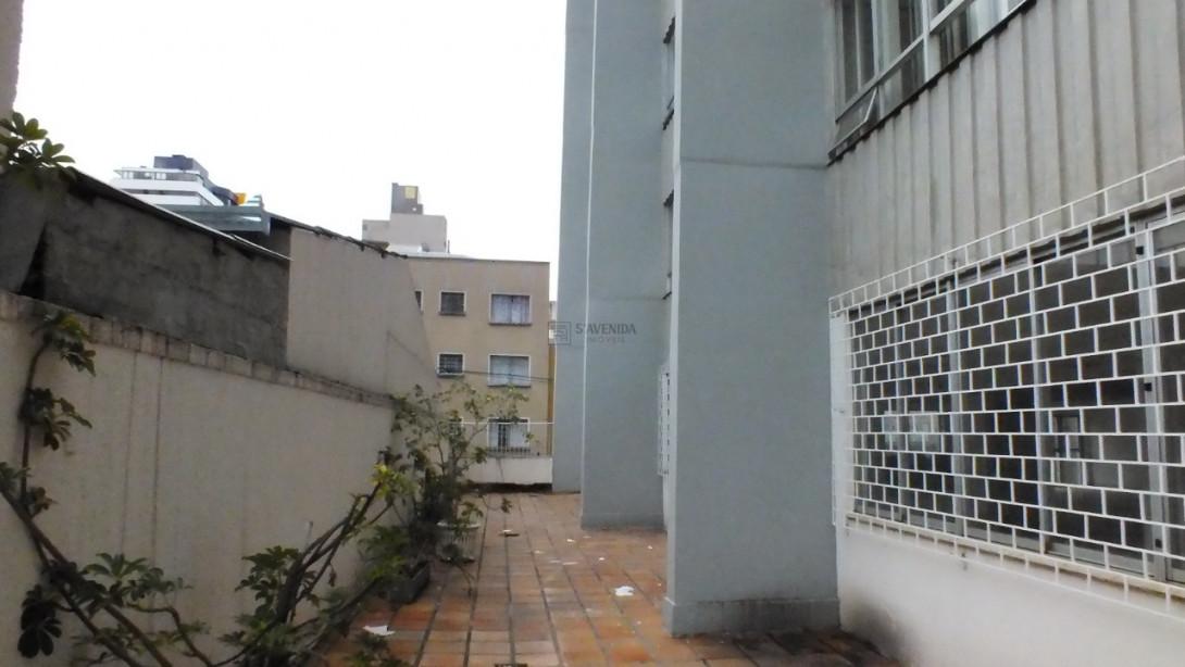 Foto 3 - LOJA em CURITIBA - PR, no bairro Centro - Referência AN00178