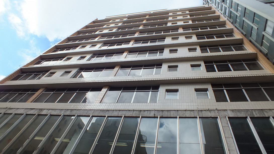 Foto 2 - PRÉDIO em CURITIBA - PR, no bairro Centro - Referência PRE0001