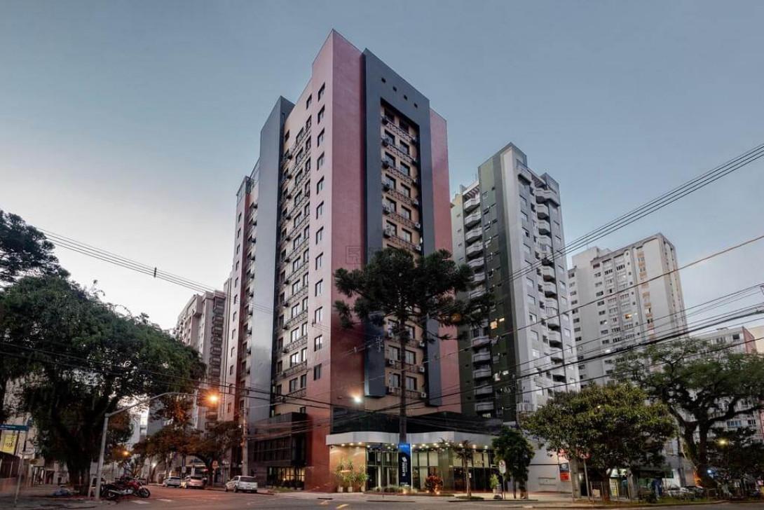 Foto 2 - FLAT em CURITIBA - PR, no bairro Centro - Referência AN00189