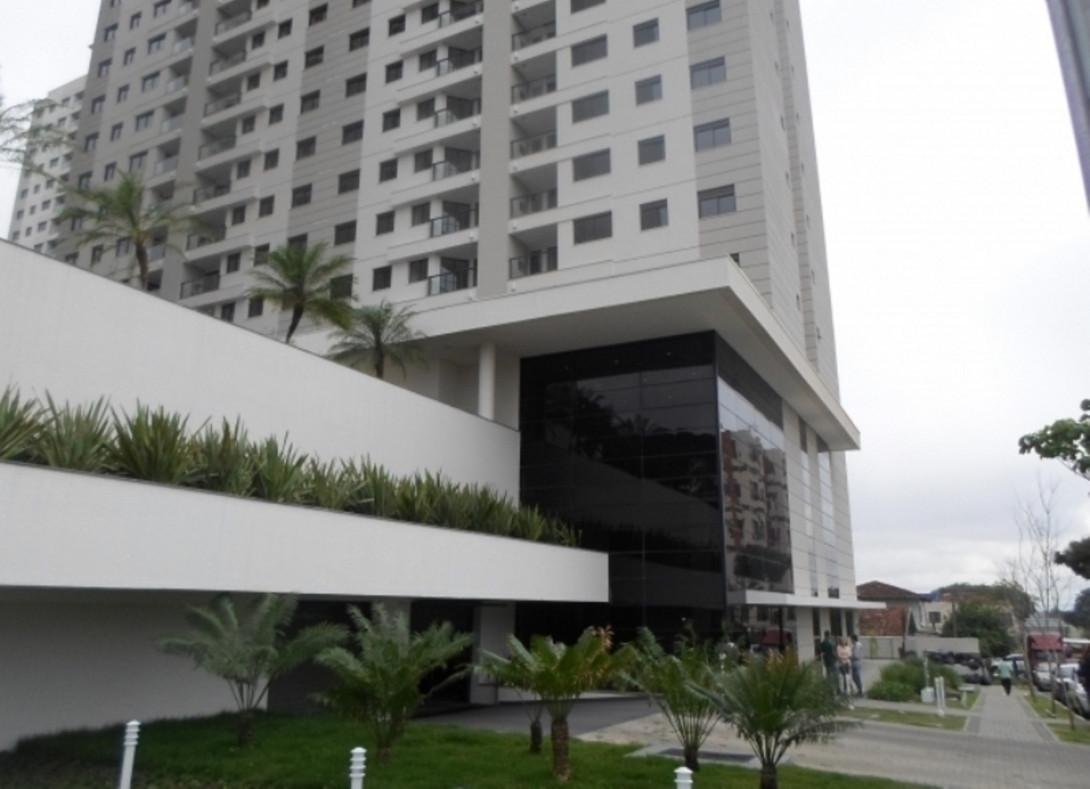 Foto 4 - LOJA em CURITIBA - PR, no bairro Capão Raso - Referência LE00812