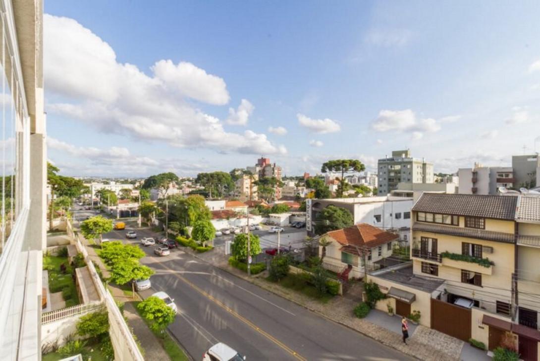 Foto 6 - APARTAMENTO em CURITIBA - PR, no bairro Água Verde - Referência LE00829